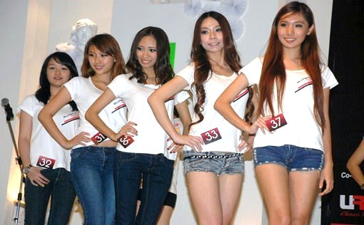 The lucky five who make in the final audition: (L-R)   Natasha Bt Muhamad Shahrel, Miya Yap Hui Tze, Cassandra Lim, Jesnny Mok Pui Ling and Roselyn Woon.