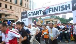 The Edge-Bursa Malaysia Kuala Lumpur Rat Race 2012 raises over RM2.2 million for charity in its 13th year.