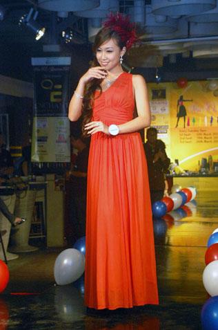 Miss KL Chinatown 2013 Jillian Choo in evening wear