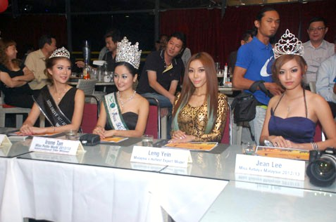 Miss KL Chintown 2013 celebrity judges