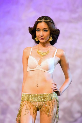 Princess Jasmine wearing Stella Collection