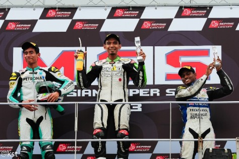 Ahmad Fuad Baharudin emerging Champion in the Supersports A at the Malaysian Super Series 2013.