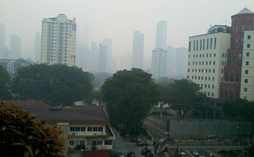 Jalan Ampang at 4:30pm. Photo by Janet Steele.