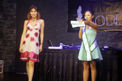 Irene Tan (right) during auction at Charity Auction NIght @ The Venue, KL