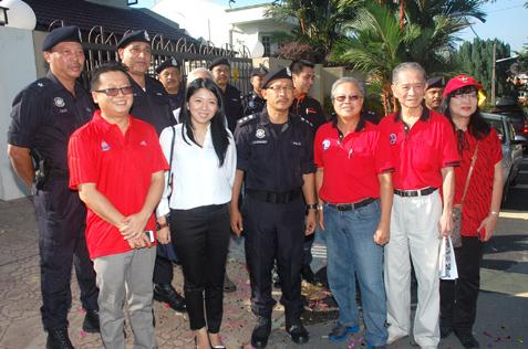 (L-R) Tony Cheong, Yeo Bee Yin, Arjunaidi, Willie Tan, Ngiam and Wendy Chan