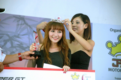Stilly Goh is crowned Super GT Queen Malaysia 2013