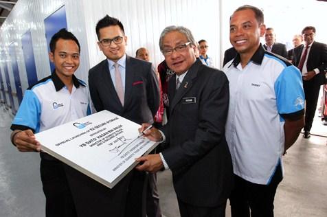 (L-R) Rizal Shah Amat, Datuk Wira SM Faisal Tan Sri SM Nasimuddin, Dato' Hasan Malek and Zulazman Amat