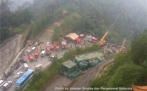 Genting Highlands Accident Bomba Penyelamat Photos 1