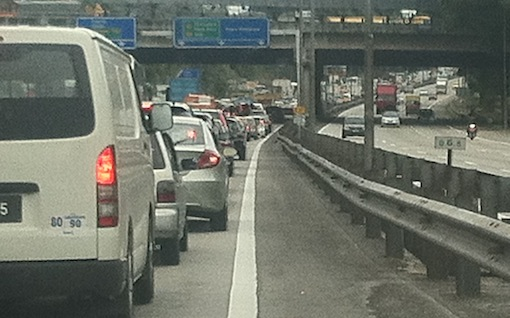 traffic sungai besi toll middle ring road flash floods 1