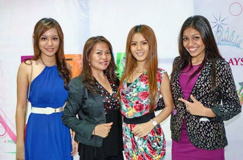 (L-R) Jean Lee, Anastasia Doping, Jasmine Soo and Sharmisttha Yoogan