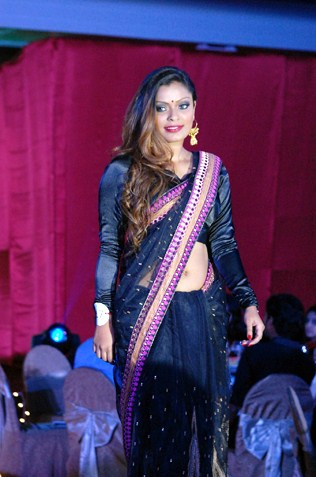 Miss Saree Malaysia 2013 second runner-up Loginee Kularaja
