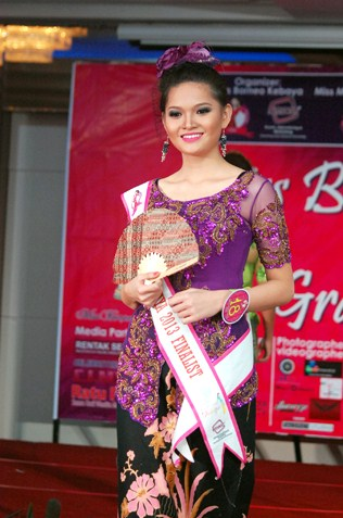 Cherish Supang Matius - 1st runner-up Miss Borneo Kebaya 2013