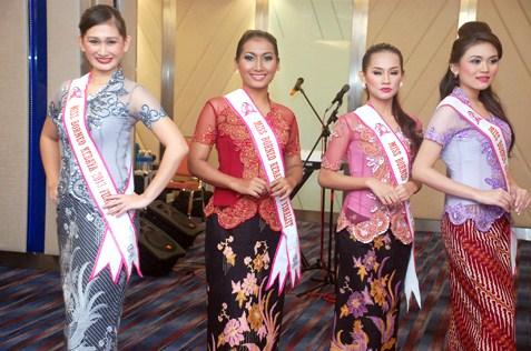 Miss Borneo Kebaya 2013 finalists_