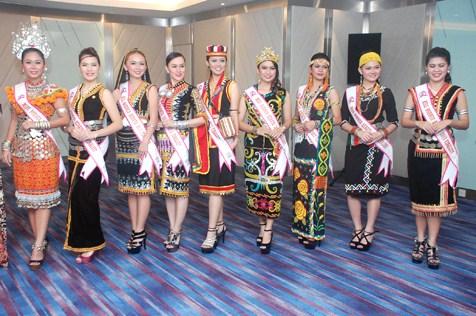 Miss Borneo Kebaya 2013