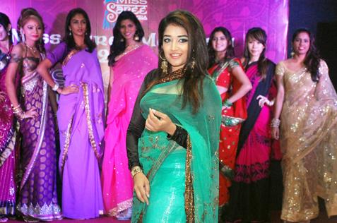 Miss Saree Malaysia 2013 finalist - Riyana Feroze Khan