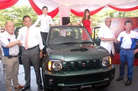 Suzuki Jimny - (L-R) Keiichi Suzuki, Dato Abdul Harith Abdullah, Tan Sri Marzuki Mohd Noor and Shinya Yokokawa