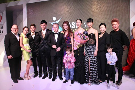 Asia New Star Model 2014 FOM group photo at Paradigm Mall PJ