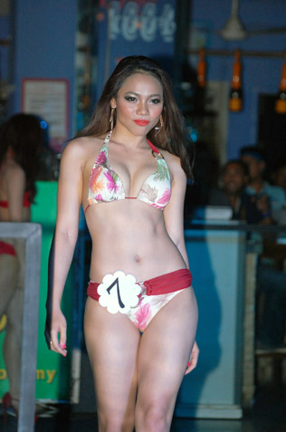 Liquido Miss Bikini 2013 second runner-up Carron Kho