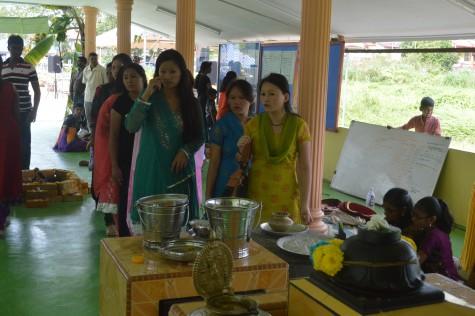 The Nepalese ladies.