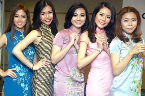 (L-R) Christine Pang, Mico Pun, Stephanie Chan, Momoko Chung and Winnie Kiew