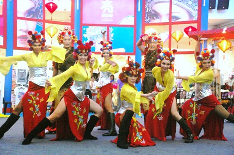 Modern Chinese Opera performance @eCurve