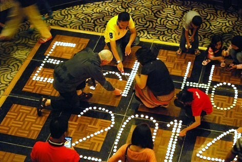 Lighting candles for Earth Hour 2014 @ Hotel Armada PJ