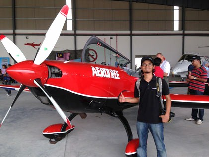 Hussein Zain at the 1st Subang International Air Carnival 2014