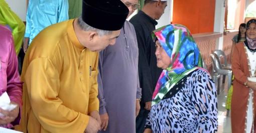Adun kawasan Balung Datuk Syed Abas Syed Ali 3