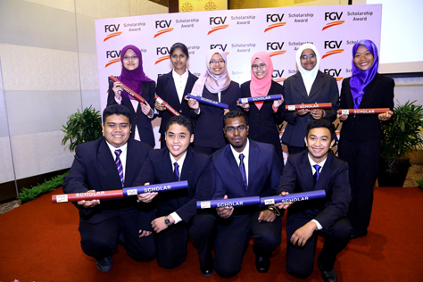 The 10 recipients of FGV Scholarship Awards 2014