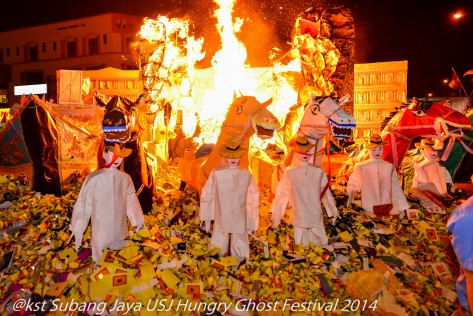 Signalling  the end of the Festival all the effigies go up in flames