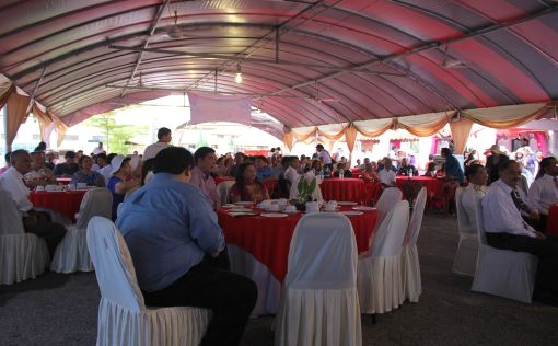 Guests enjoying the Eurasian high tea.