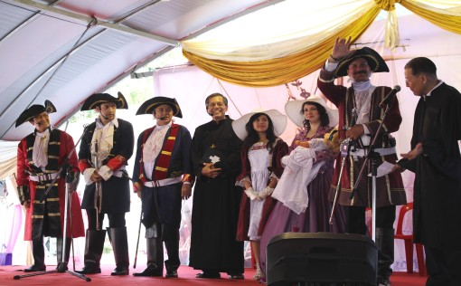 Captain Francis Light with his wife and children, the three sea-captains and Fr Garnault.