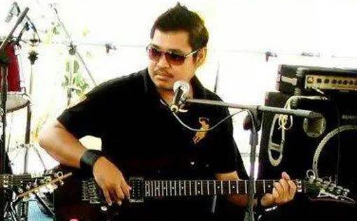 Penyanyi Sabah Aaron Tam