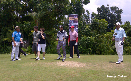 Asia Music Festival Miri 2014 Dato' Rashid Khan, CEO, Sarawak Tourism Bord (far right)officiating the Tee Off