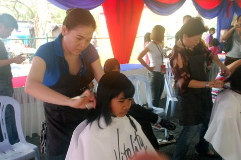 free hair cut at children carnival