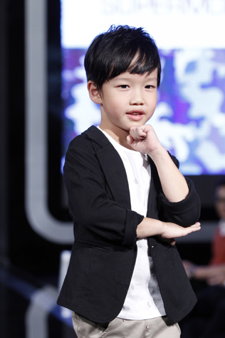 Male kid 1st runner up – Aiden Sim