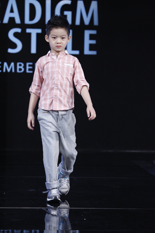 Male kid 2nd runner up – Destin Khoo