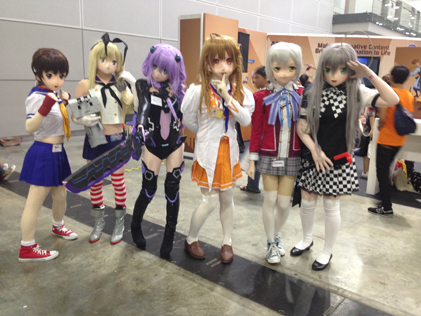 Cosplayers having fun dressing up as their favorite anime characters at Comic Fiesta 2014