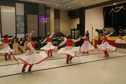 Dancers from Aishwarya Natanam Kshetram