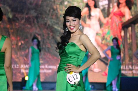 Mrs Classic Malaysia Asia Intl 2015 Joanne Lou Kuang Fong