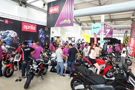 Aprilia motorcycles get lots of attention and excitement at Naza World Automania 2015