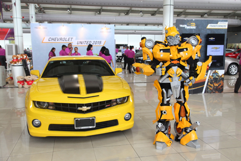 Bumblebee with the Chevrolet Camaro