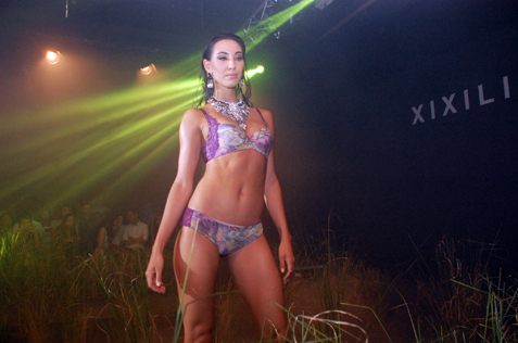 Model parade in latest Xixili collection, Adele
