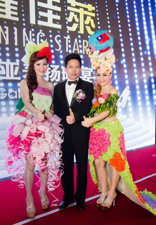 Canai International founder and chairman Cima Xiong Feng with Karen Tan (left) and Venus Cheng (right)