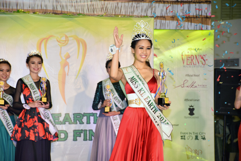 Newly crowned Miss KL Earth 2015 Janice Tan