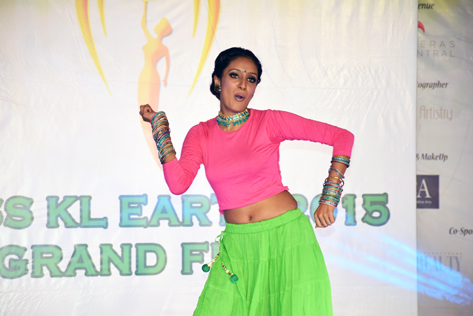 Paveetha performs an Indian dance to win the Best in Talent