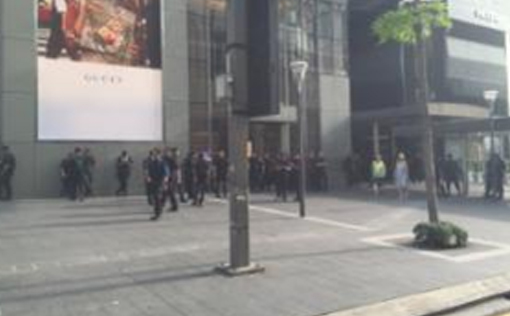 Heavy police presence was spotted near the Pavilion shopping mall