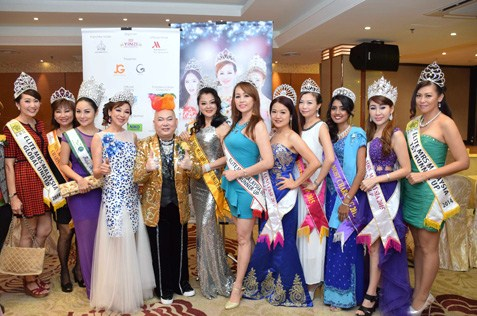 Beauty queens at the semi finals of Miss & Mrs Malaysia Petite World 2015