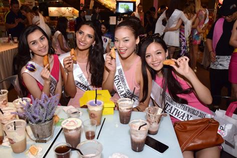 Miss Cosmopolitan World 2015 finalists (L-R) May Nandar Kyaw (Myanmar), Catia Rodrigues (Portugal), Tan Jo Ring (Singapore) and Ying Shih Lai (Taiwan)