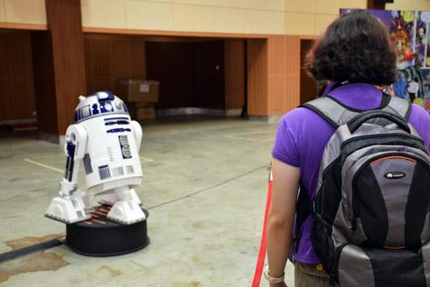 R2-D2 robot
